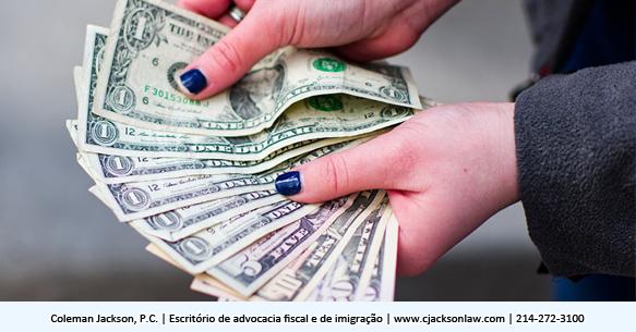 O que há de errado em pagar despesas comerciais em dinheiro?