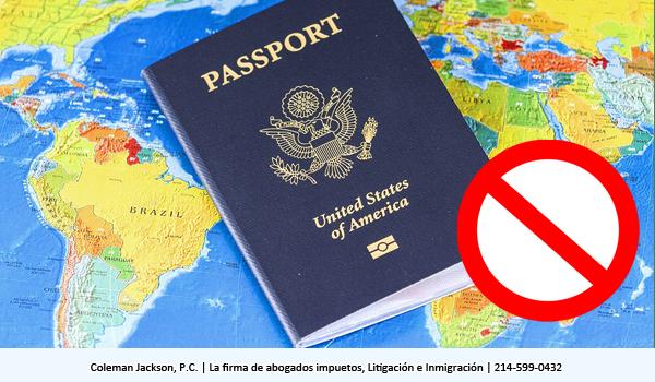 Acción civil por parte del contribuyente en negación o revocación de casos de pasaporte de Estados Unidos